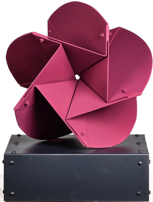 Flor Sanky, 1991. Painted aluminum, 16 × 12 × 12 in